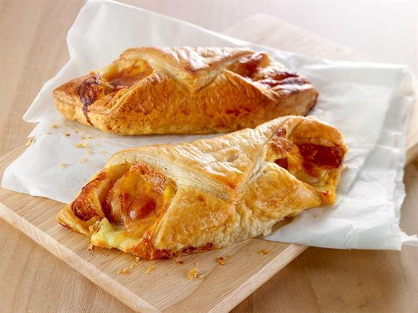 Bacon and Cheese Puff